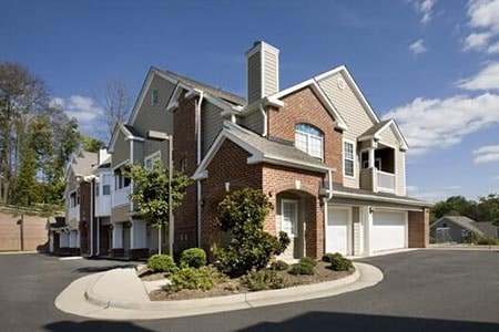 Claremont at Carriage Hill- Condo Management in Charlottesville